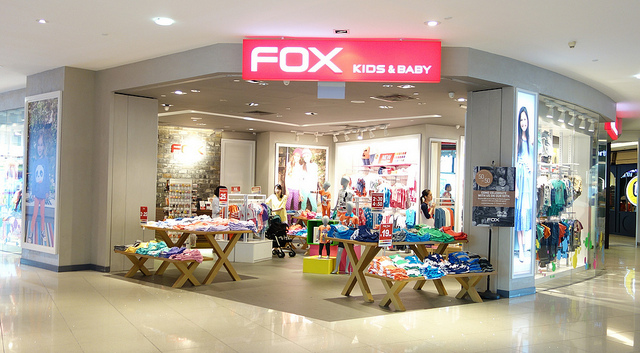 Here are the Top 10 Baby Shops in Singapore. 1) Baby Slings & Carriers Babywearing is something that a lot of new parents are considering these days, and Baby Slings & Carriers have been supplying baby-related products for 10 years now, to Singaporeans.